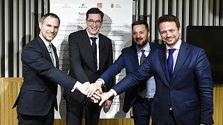 A V4 országok főpolgármesterei a Szabad Városok Paktumának megkötésekor