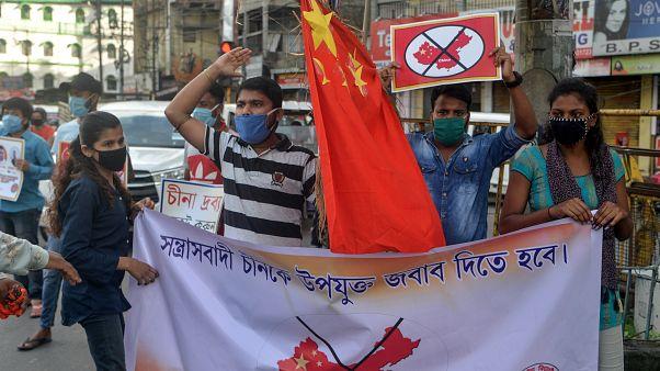 Indische Demonstranten rufen zum Boykott von Produkten aus China auf