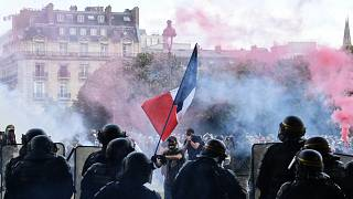 صورة لعناصر من الشرطة الفرنسية خلال مظاهرة في باريس