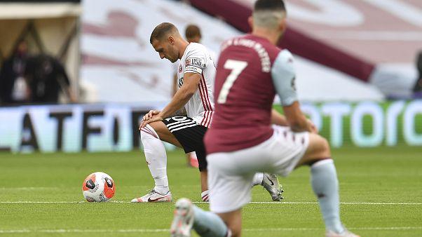 Premier Lig'in ilk maçı Aston Villa ile Sheffield United arasında oynandı