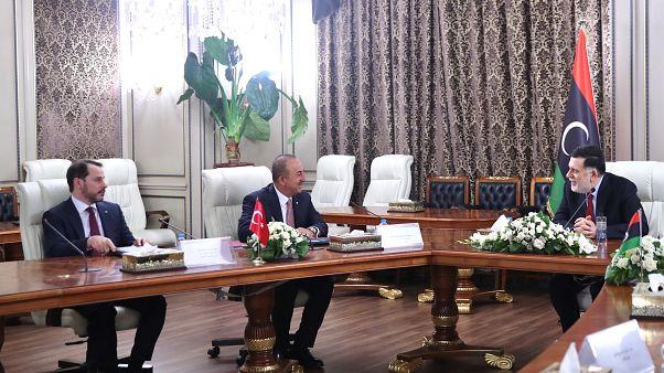 وفد وزاري تركي رفيع يزور ليبيا