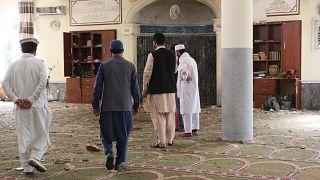 صورة لانفجار في مسجد أفغاني