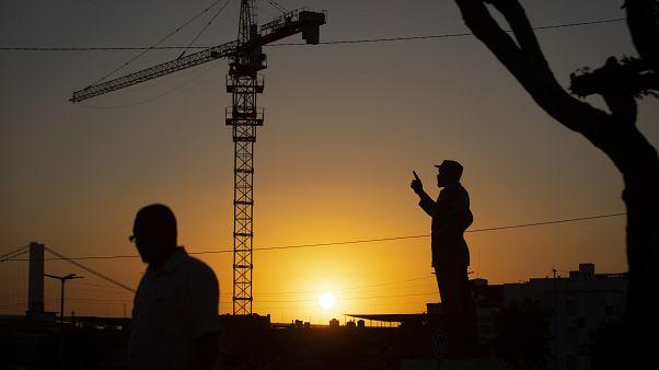 """Linha de financiamento é um """"bom investimento"""" para Moçambique"""