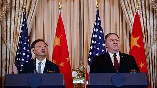 Mike Pompeo (sağ) ve Yang Jiechi / 2018