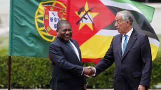 Portugueses retidos em Moçambique pedem ao Governo que agilize repatriamento