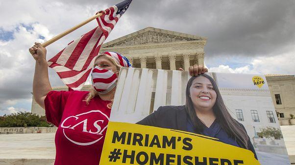 """Illegal eingewanderte """"Dreamer"""" freuen sich: Supreme Court stoppt Trump"""