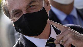 Ex-ministros acusam Bolsonaro de atacar biomas, democracia e saúde