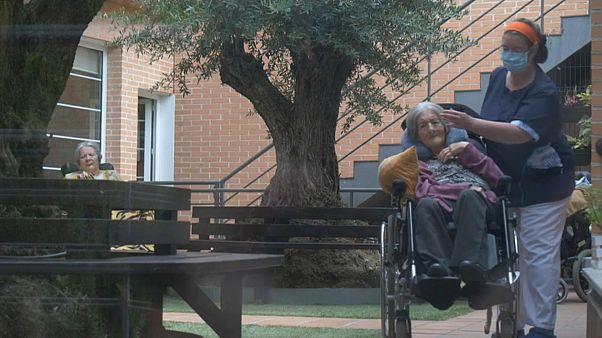 Ισπανία: Το δράμα των ηλικιωμένων κατά την πανδημία