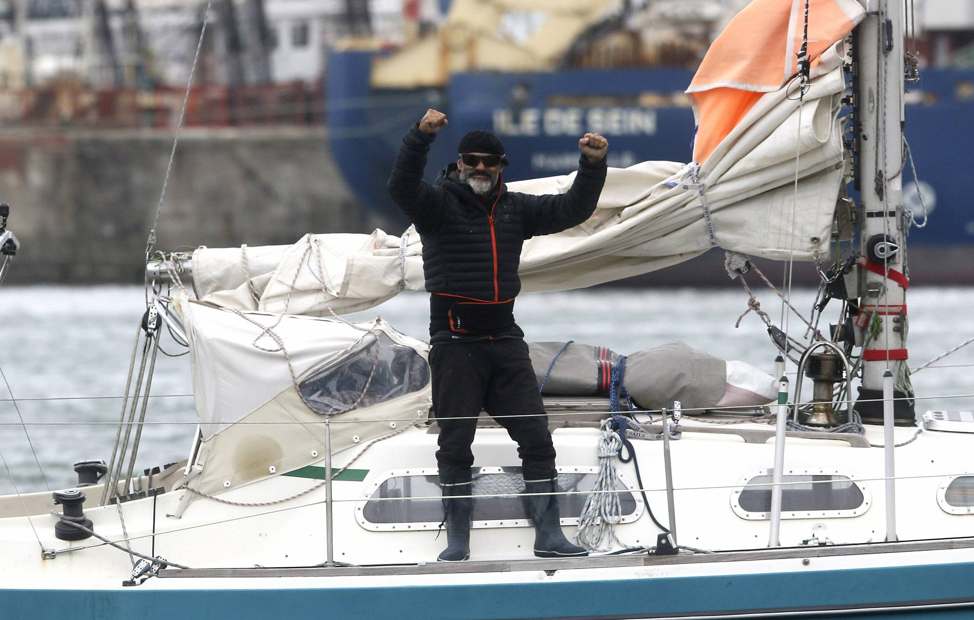 Sailor completes three-month solo Atlantic crossing to spend ...