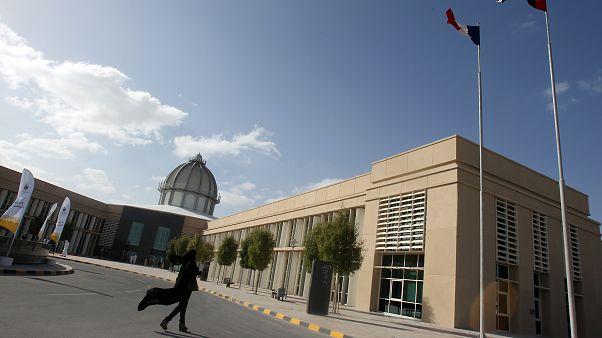 لماذا قد ترتفع طلبات الانتساب إلى الجامعات الإماراتية في أعقاب الوباء العالمي؟
