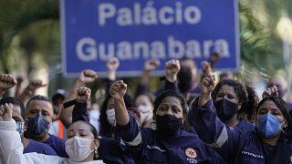 Lavoratori della sanità protestano per chiedere un trattamento migliore - Rio - 20.6.2020