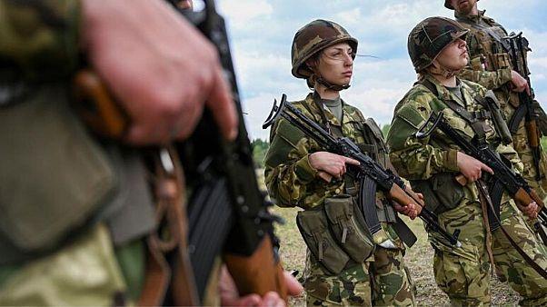 بیکاری دوران کرونا در مجارستان؛ جوانان برای استخدام به ارتش هجوم بردند