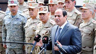 الرئيس السيسي متحدثاً إلى الصحافة بعد اجتماع مع المجلس الأعلى للقوات المسلحة (أرشيف)