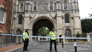 """La policía considera """"terrorista"""" el acuchillamiento de Reading"""