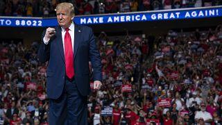 Президент США Дональд Трамп выступил на митинге в Талсе, штат Оклахома