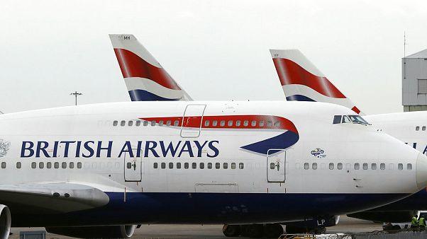 Um avião da British Airways no aeroporto de Heathrow