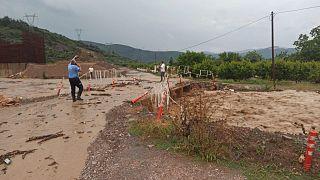 Bursa'da meydana gelen selde en az 4 kişi hayatını kaybetti