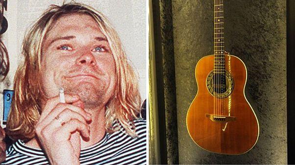 کرت کوبین، خواننده گروه «نیروانا» و گیتارش