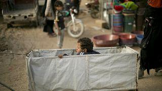 Suriye'deki El Hol kampındaki çocuklar