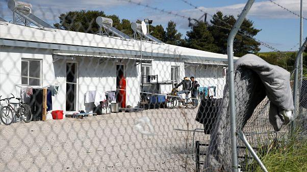 مخيم للاجئين في ريتسونا التي تبعد حوالي 80 كيلومترًا شمال أثينا