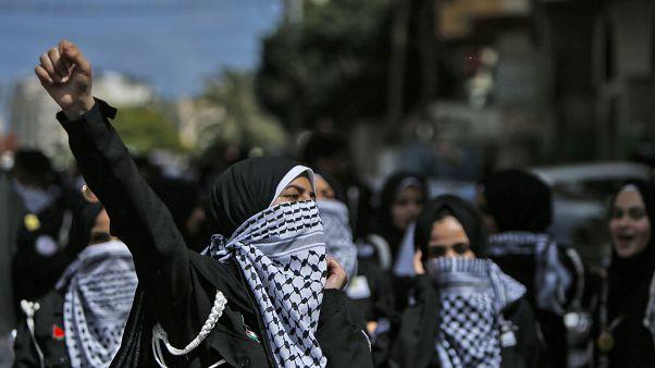 من المظاهرات ضد ضم أراض من الضفة الغربية