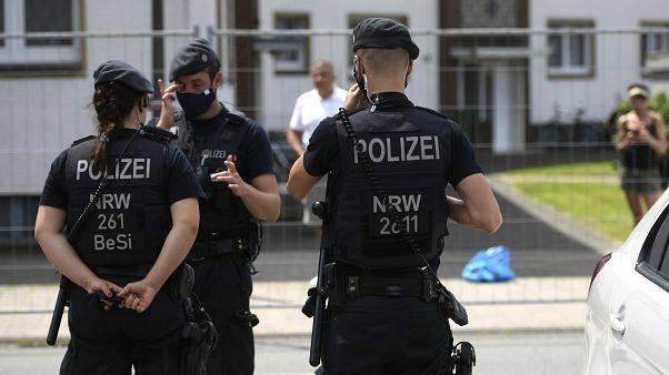 Covid-19: Países europeus recuam no desconfinamento com aparecimeno de novos casos