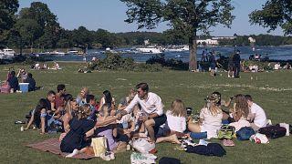 Die schwedische Strategie erlaubte es den Menschen, weitgehend normal zu leben.