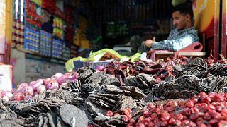 متجر للأعشاب في اليمن