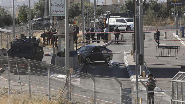 Der Fahrer des Wagens erlag seinen Verletzungen