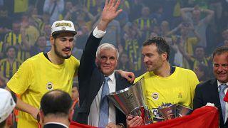 Obradović vence Euroliga com o Fenerbahçe em 2017