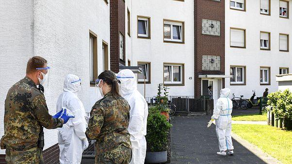 Έλεγχοι για κορονοϊό στο Βερλ της Γερμανίας