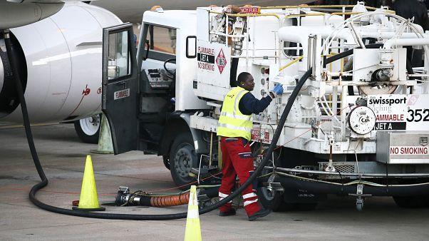 Uluslararası havaalanı yer hizmetleri şirketi Swissport çalışanları