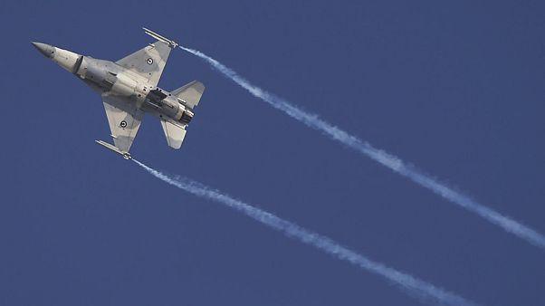 F16 σε επίδειξη