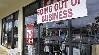 Archivo. Cierre de un negocio en Miami.