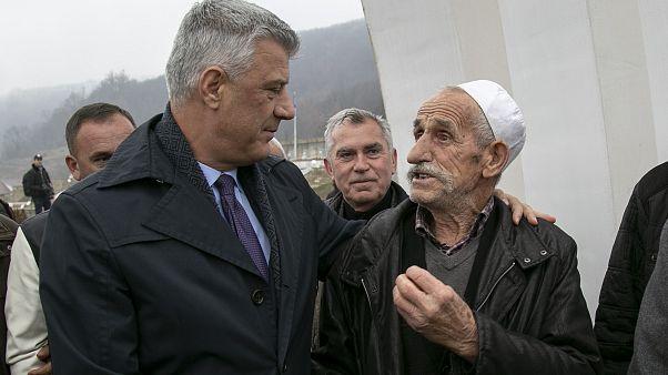 Háborús bűnökkel vádolják a koszovói elnököt