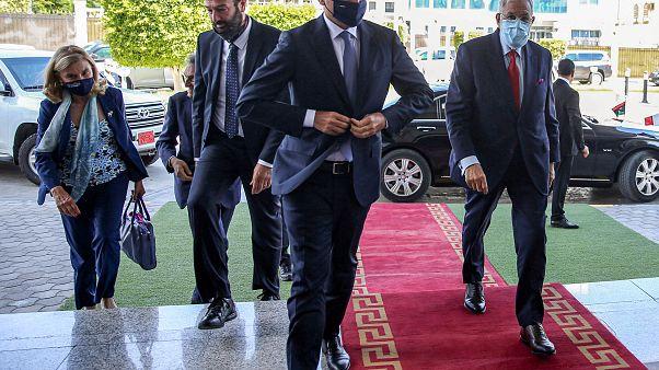 Di Maio a Tripoli, affiancato, a destra, dal ministro degli esteri libico Mohamed Taha Siala. 24 giugno 2020