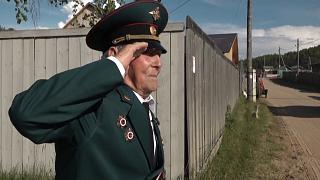 شاهد: بلدة صغيرة بسيبيريا تحتفل بذكرى الإنتصار على النازية بشكل خاص