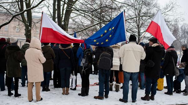 Présidentielle polonaise dimanche : un scrutin à l'issue incertaine