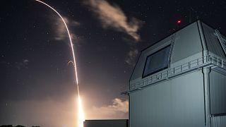 Japonya Amerikan füze savunma sistemini kullanmaktan vazgeçti