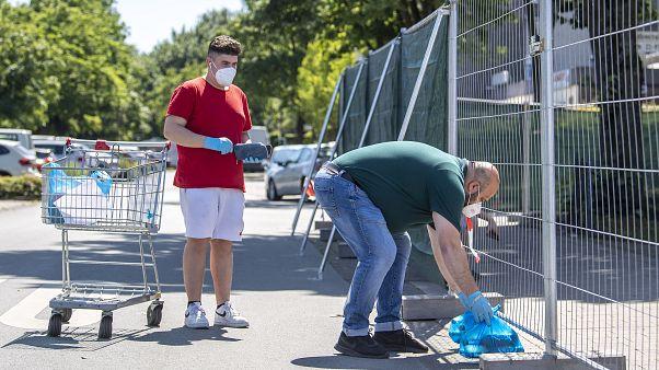 Subcontratas y desigualdad, lo que falló en los mataderos de Alemania con cientos de casos de COVID