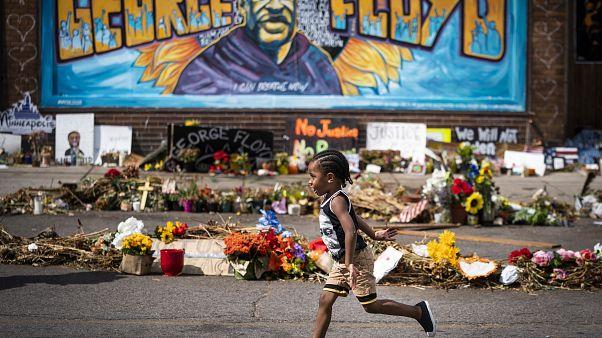 Mémorial improvisé en souvenir de George Floyd à Minneapolis, le 25/06/2020