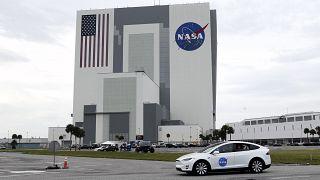 """20 ألف دولار من """"ناسا"""" لمن ينجح في تصميم مرحاض يتحدى جاذبية القمر"""