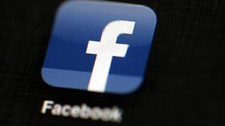 Facebook 3 aydan eski haber içeriği paylaşan kullanıcılarını uyaracak