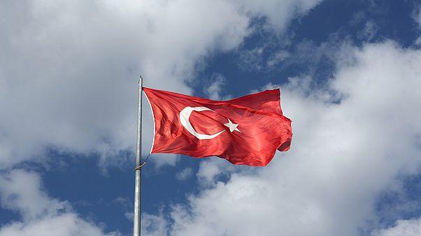 حكم بالسجن المؤبد على 121 شخصاً على خلفية محاولة انقلاب 2016 في تركيا