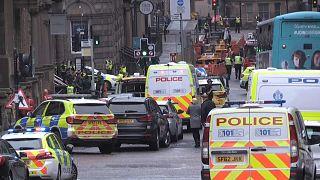 Полицейские машины в центре Глазго