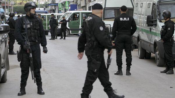 أمام إحدى المحاكم في الجزائر العاصمة