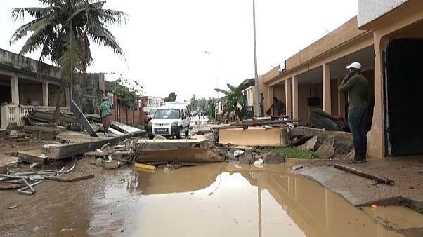La ville d'Abidjan, en Côte d'Ivoire, inondée.