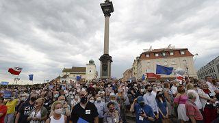 Presidenziali in Polonia: l'uscente Duda punta al bis ma lo sfidante Trzaskowski piace all'Europa