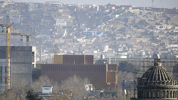 منظر عام للسفارة الأمريكية في العاصمة الأفغانية كابل - 2013/12/25