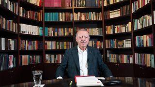 Cumhurbaşkanı Erdoğan gençlerle sosyal medya aracılığıyla buluştu